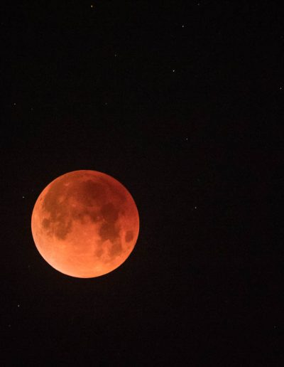 Fully eclipsed moon, 1/31/18